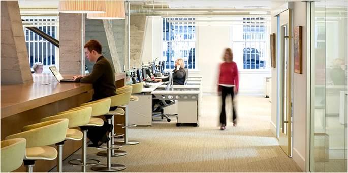 チームの効率性と個室オフィスの...